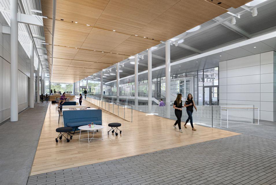 University of Illinois Urbana-Champaign, Siebel Center for Design © Sam Fentress