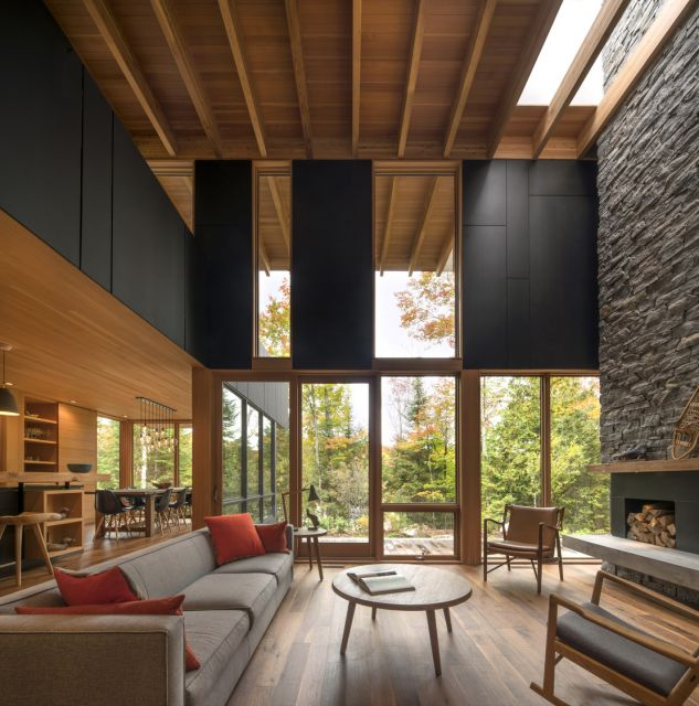 The Bear Stand Residence © Nic Lehoux Photography