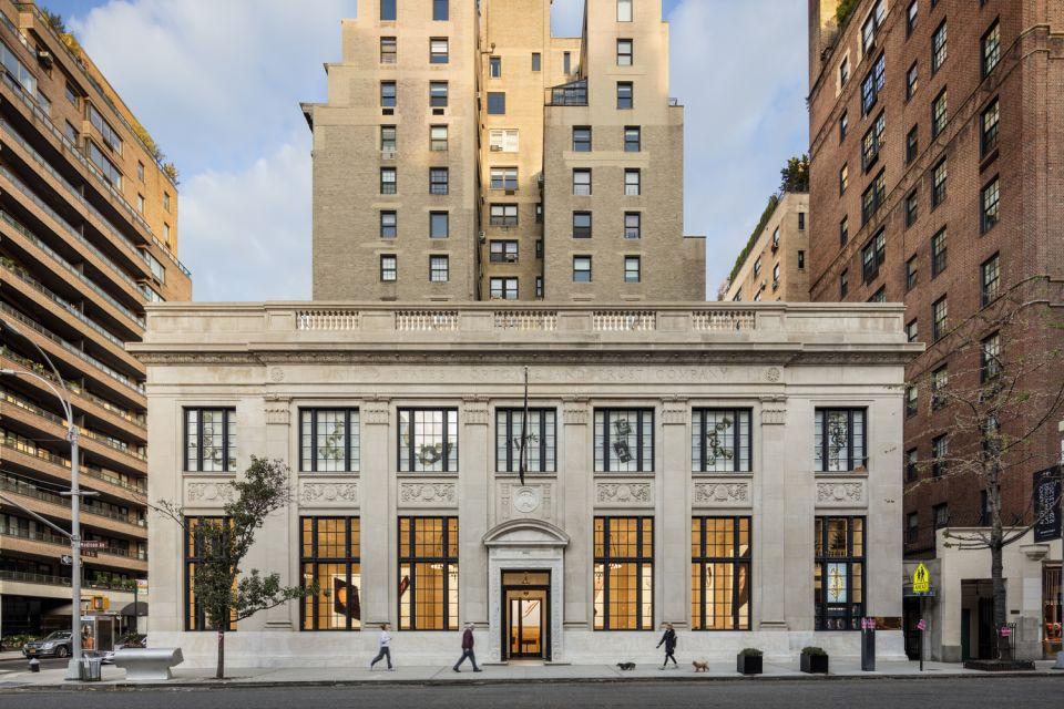 Apple Store Upper East Side © Peter Aaron