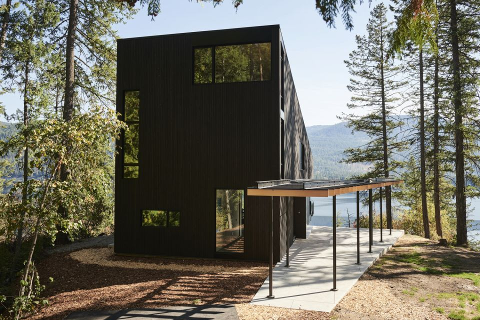 Boundary Point Cabin © Bryce Duffy