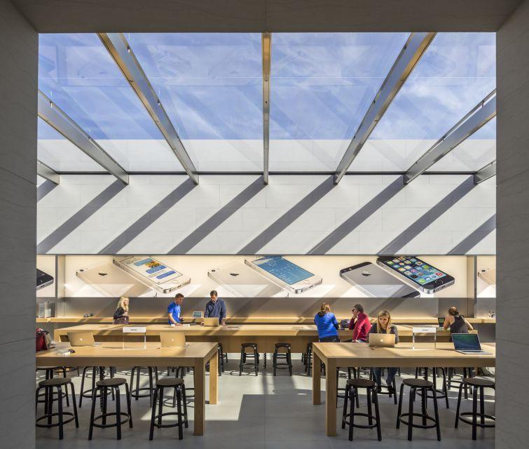 Apple Store Stanford © Peter Aaron